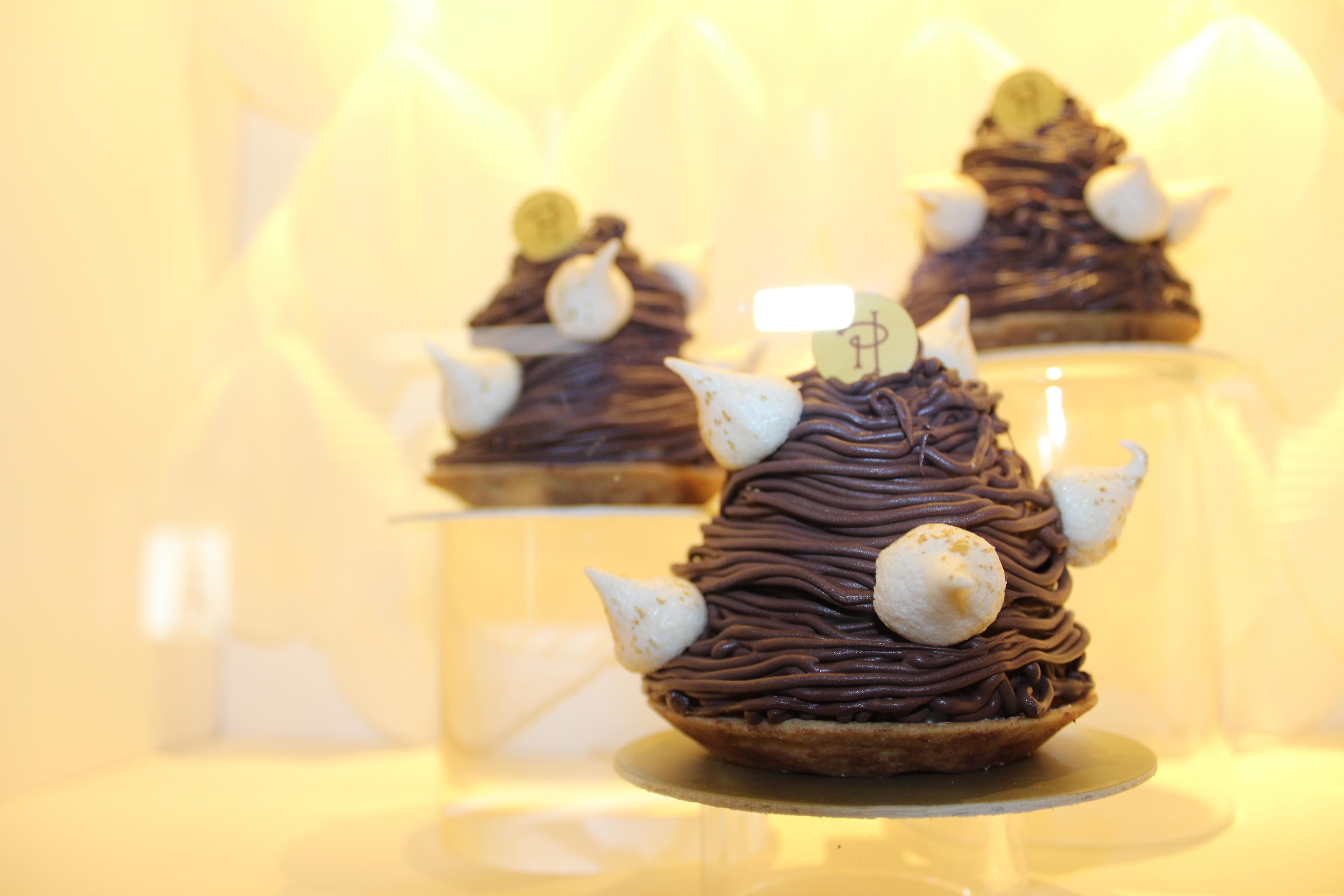 Tour & Tasting of The Best Pastries In Paris